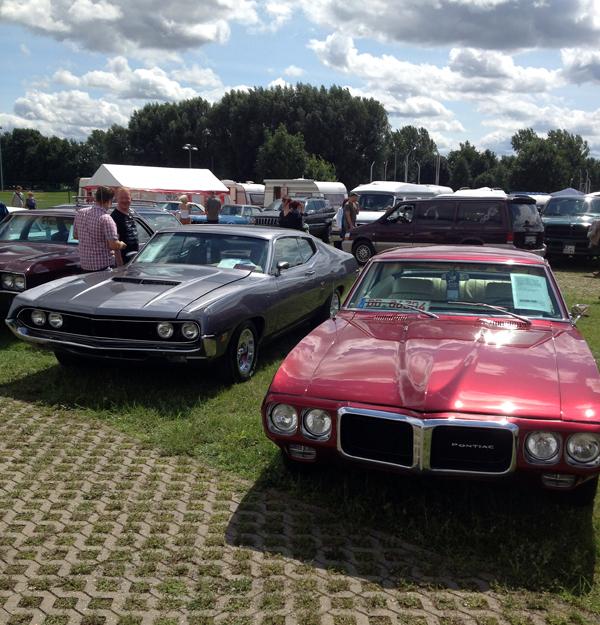Ford Tourino und Piontiac Firebird